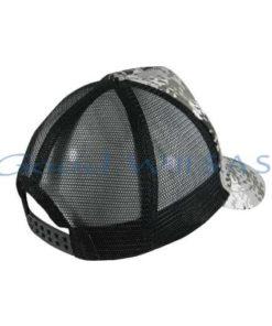 Gorra con malla negra posterior