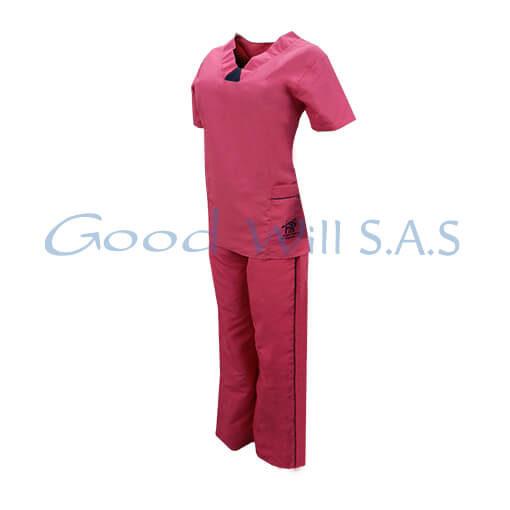 Uniforme de enfermera lateral